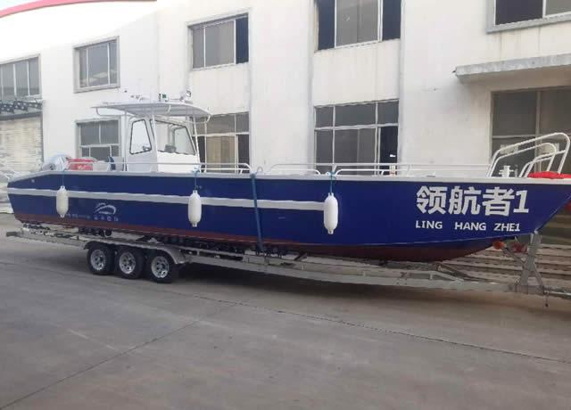 9 m working transport boat